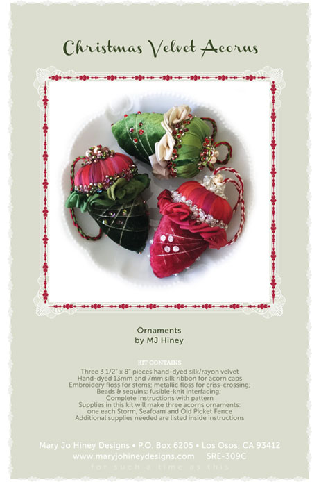 Christmas Velvet Acorns kit