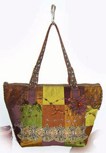 The medium-sized Character handbag, shown here in the discerning coloration