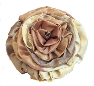 Large Gathered Rose, shown in the Cherished coloration